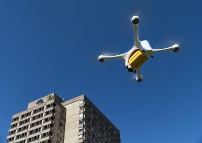 Дроны в городе: технологические решения для удобной доставки по воздуху