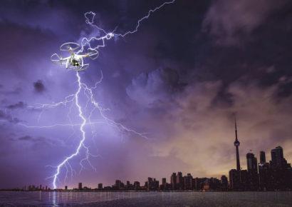 Метеорологи в Дубае управляют погодой при помощи БПЛА